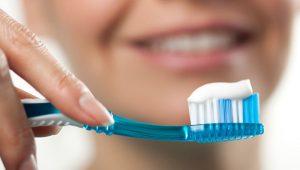 فلوراید در دندانپزشکی