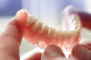 پروتز دهان و دندان